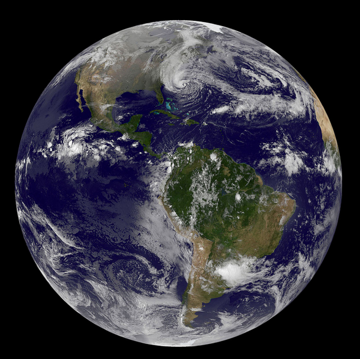 Stunning hurricane Sandy photos captured from space by ...